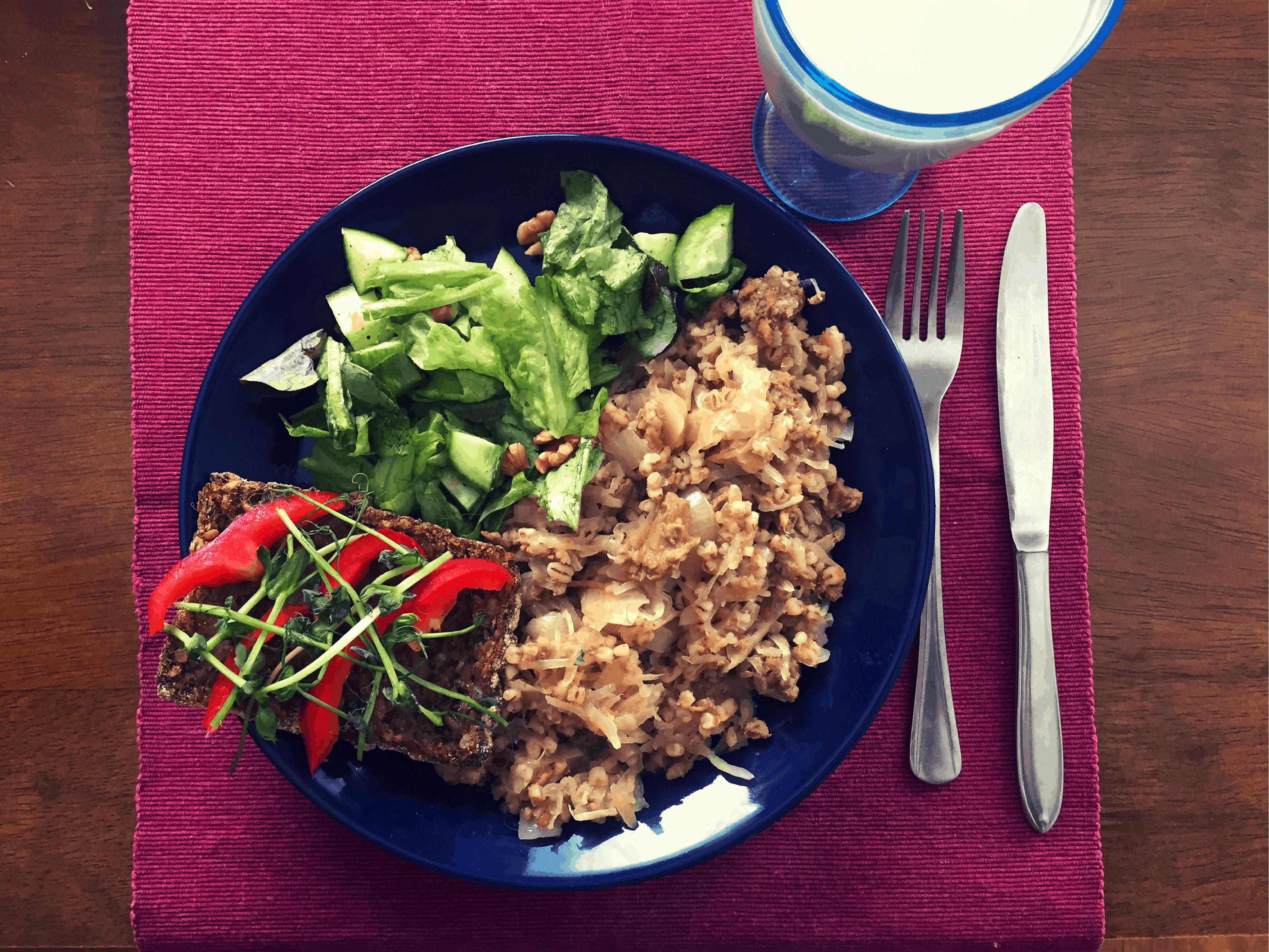Mitä vegaani syö ja mistä hän saa proteiinia? – Vegaanin ruokapäiväkirja, osa 2